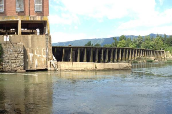 Luray - Powerhouse and Dam